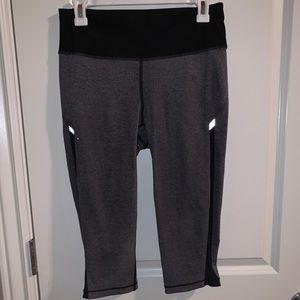 *Brand New* Lulu Athletica Capri Leggings
